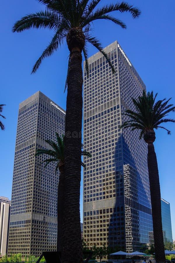 Gratte-ciel jumeaux à Los Angeles du centre image libre de droits