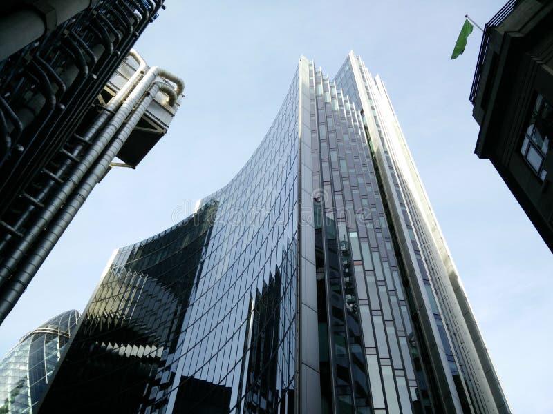 Gratte-ciel moderne de Londres image stock