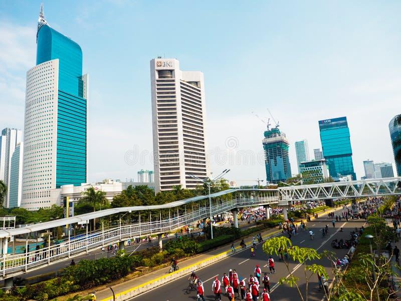 Gratte-ciel moderne de lumière du jour à Jakarta photo stock