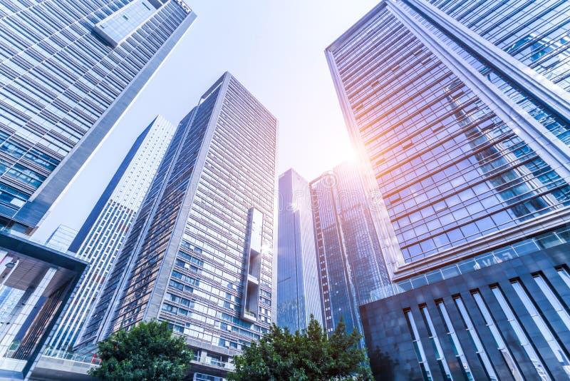 Gratte-ciel modernes communs d'affaires, gratte-ciel, architecture augmentant au ciel photos libres de droits