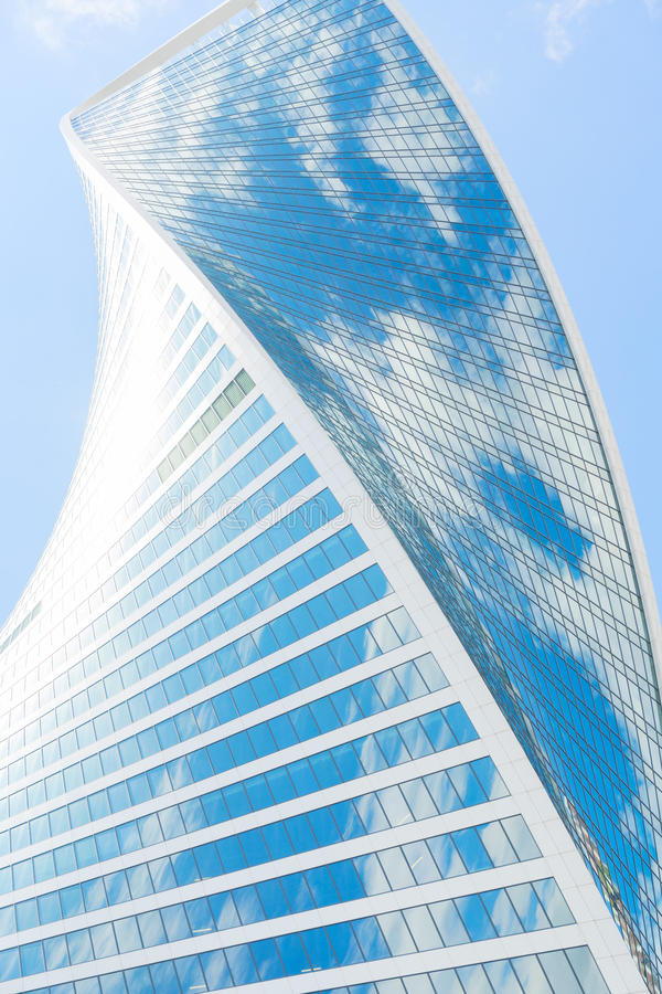 Gratte-ciel modernes d'acier et de verre photo stock