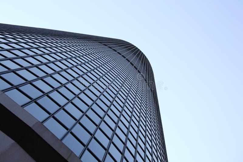 Gratte-ciel windowed grand photographie stock libre de droits