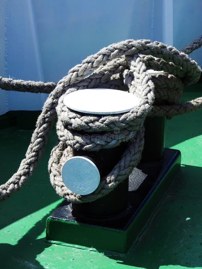Grau fangen Schiffsplattform, Litauen ein stockbilder