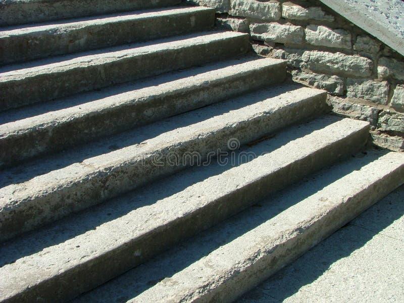 Graue Treppen lizenzfreie stockfotografie