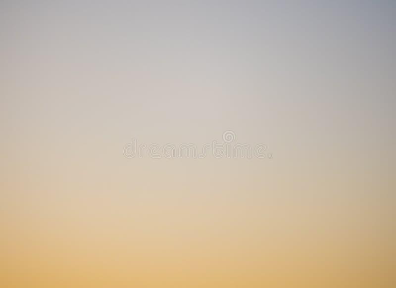 Grauer Himmel stock abbildung