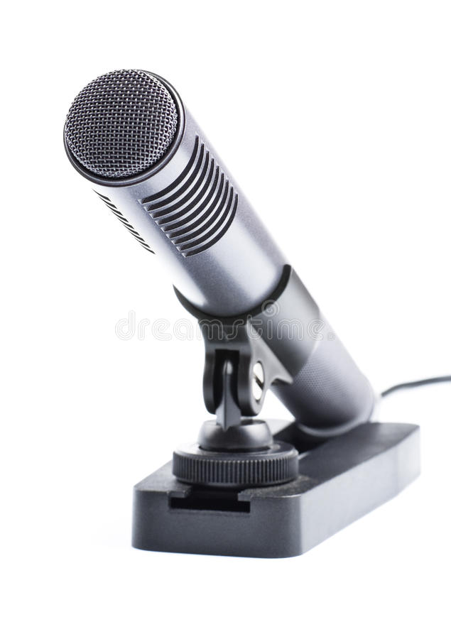 Graues Kondensatormikrofon auf Standplatz stockfotos