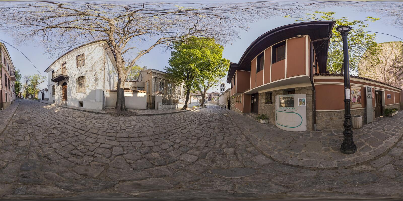 360 graus de panorama de Art Gallery fino em Plovdiv, Bulgari fotografia de stock royalty free