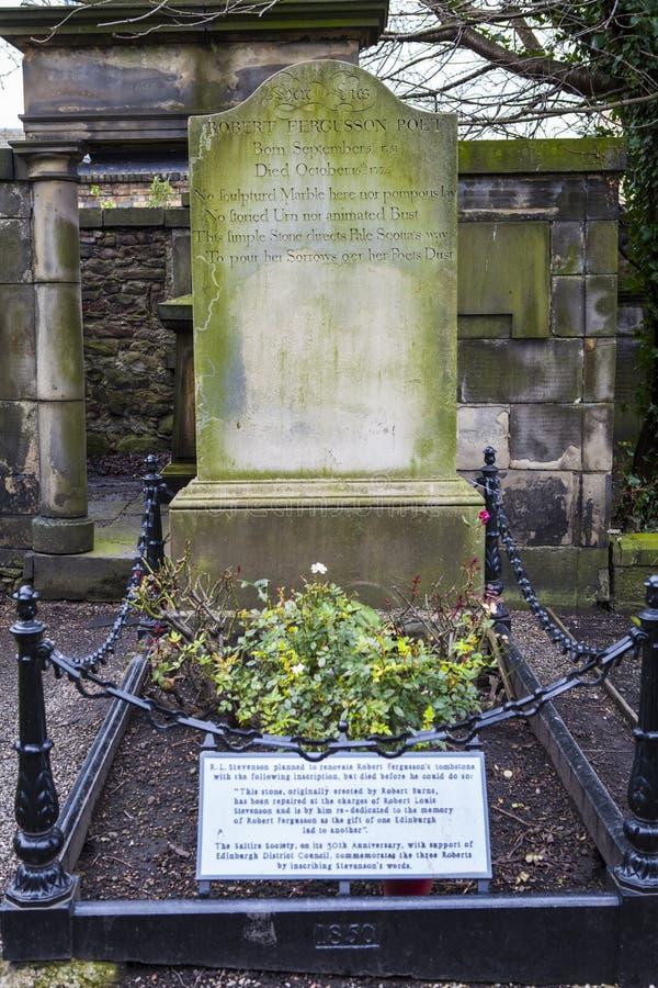 Grav av Robert Fergusson i Edinburg royaltyfri foto