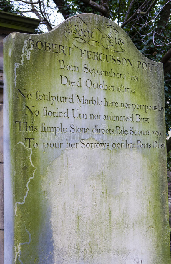 Grav av Robert Fergusson i Edinburg arkivbilder