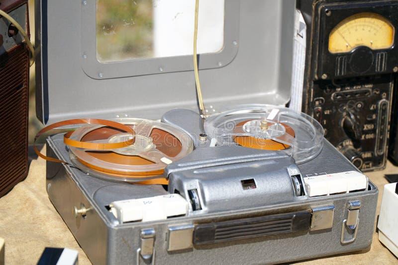 Gravador bobina a bobina do vintage antigo imagem de stock