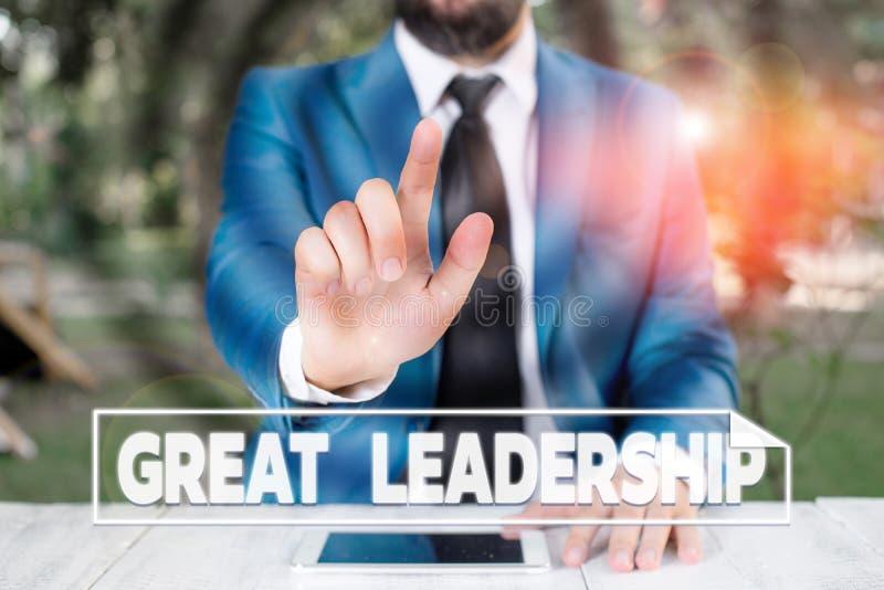 Gravando nota mostrando grande liderança Demonstração de fotos de negócios motivadora para agir em direção a alcançar um fotos de stock royalty free