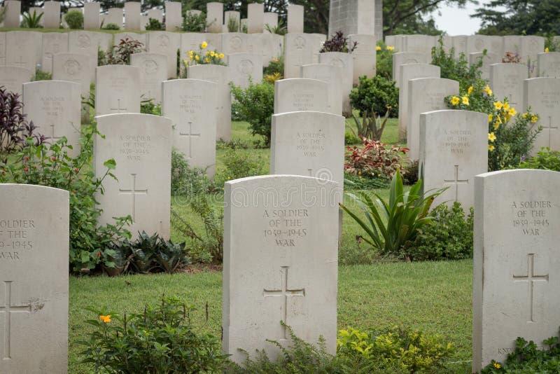 Gravar av okändan, Kranji krigkyrkogård, Singapore royaltyfri fotografi