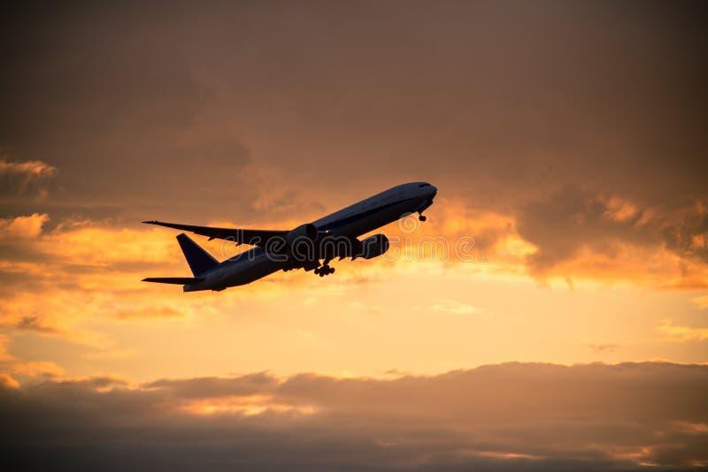Gravar el aeroplano fotografía de archivo libre de regalías
