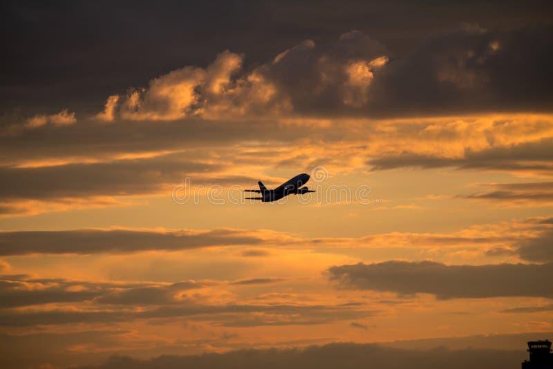 Gravar el aeroplano fotos de archivo libres de regalías