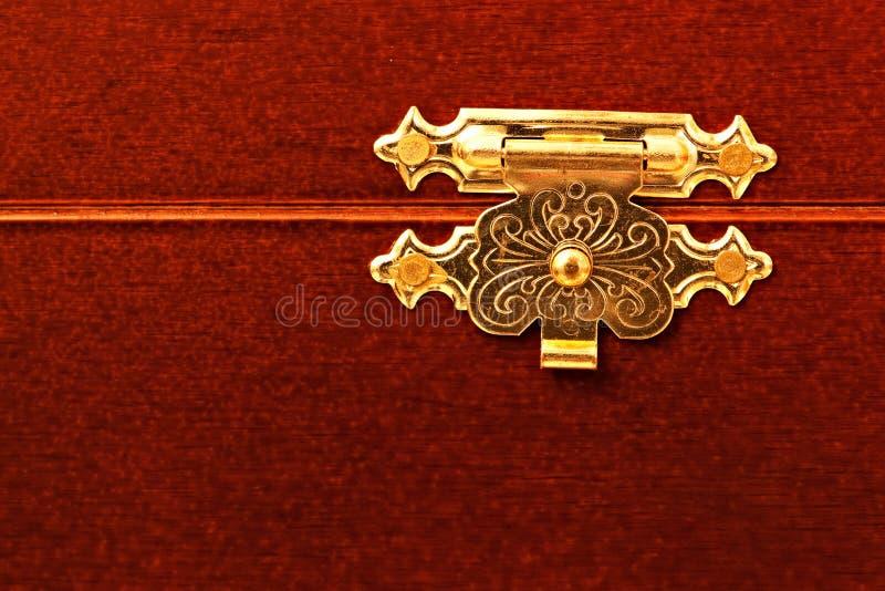 Graven chest lock