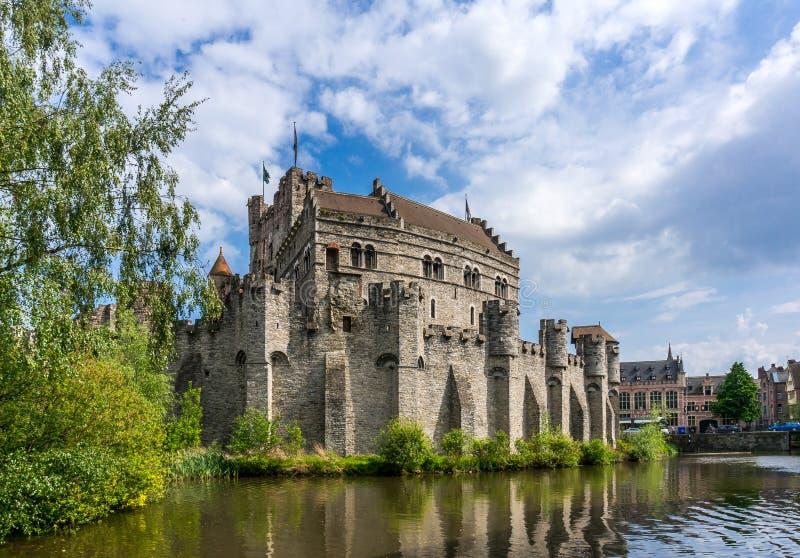 Gravensteen slott i Ghent, Belgien royaltyfri fotografi