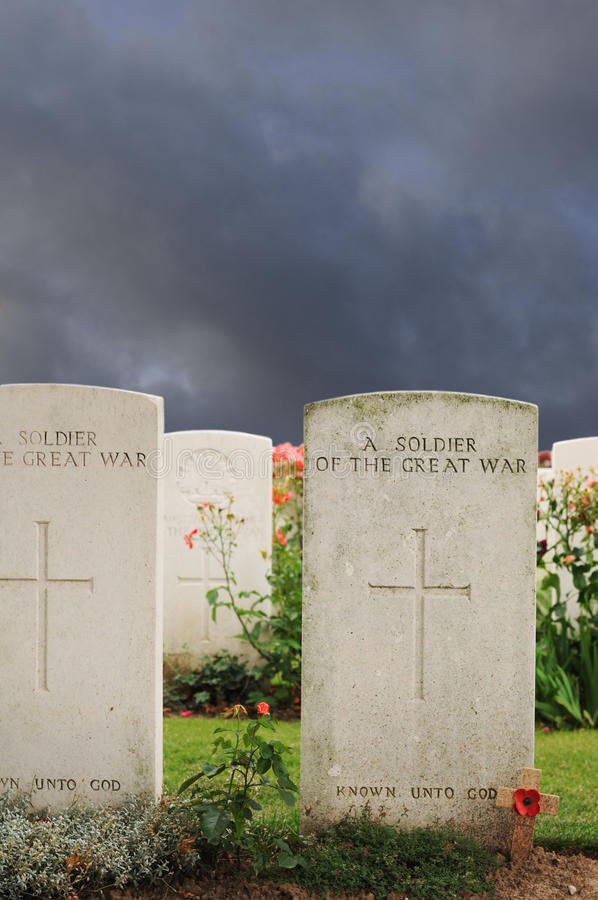Free Graves Of Unknown Fallen Soldiers, Tyne Cot Royalty Free Stock Photos - 15385758