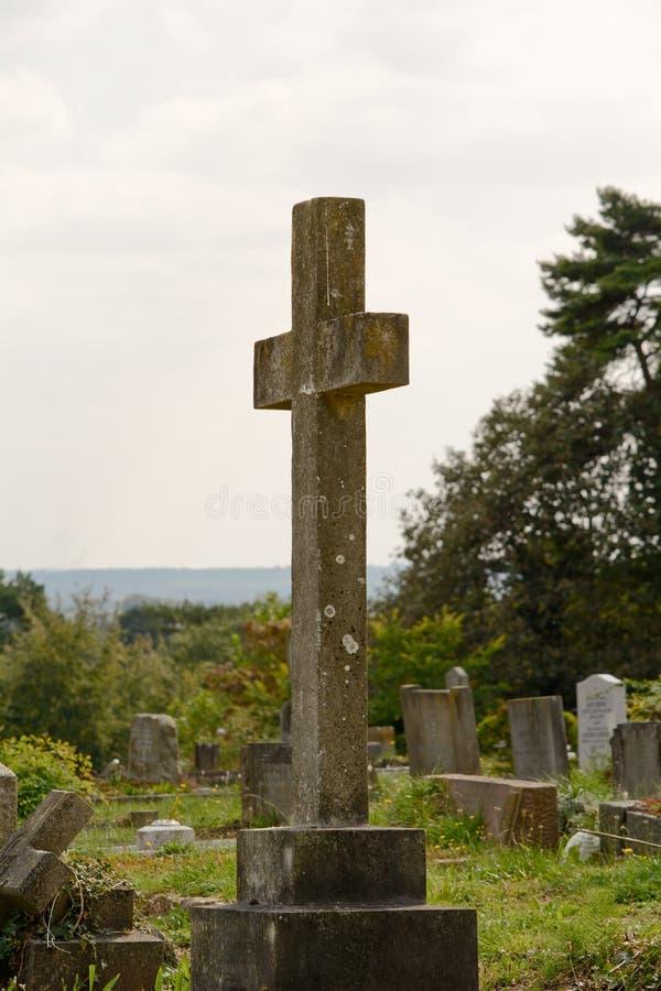 Gravestone krzyż zdjęcia royalty free