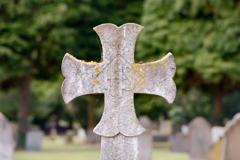 Gravestone krzyż obrazy royalty free