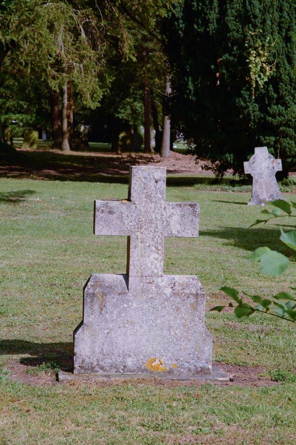 Gravestone krzyż zdjęcia stock