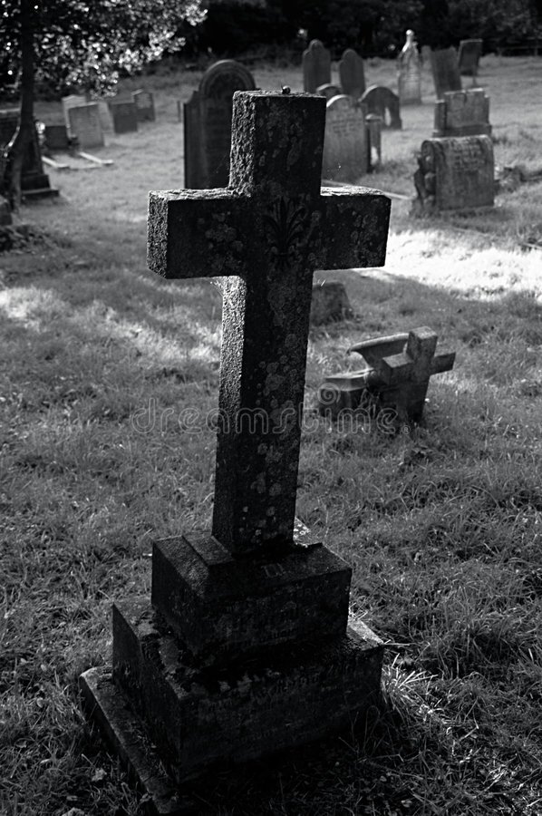 Free Graveyard Cross. Stock Images - 331174