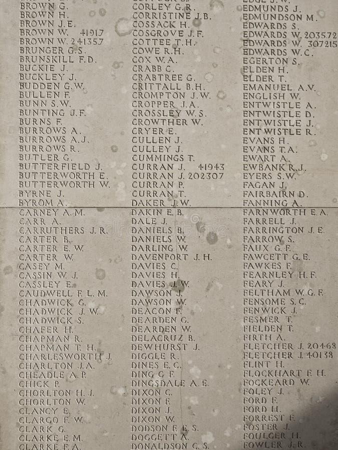 Gravuras britânicas do cemitério da guerra dos nomes imagens de stock royalty free