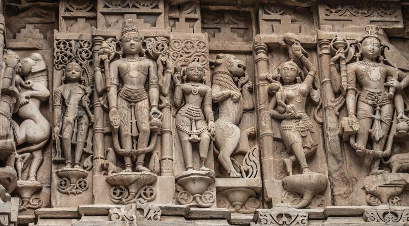 Gravures à l'intérieur du palais de ville, udaipur, Ràjasthàn, Inde images libres de droits
