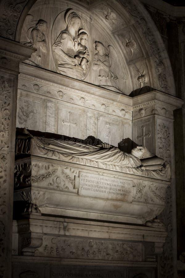 Gravvalv av kardinalerna Cristoforo och Domenico della Rovere 1479 Santa Maria del Popolo Church arkivbilder