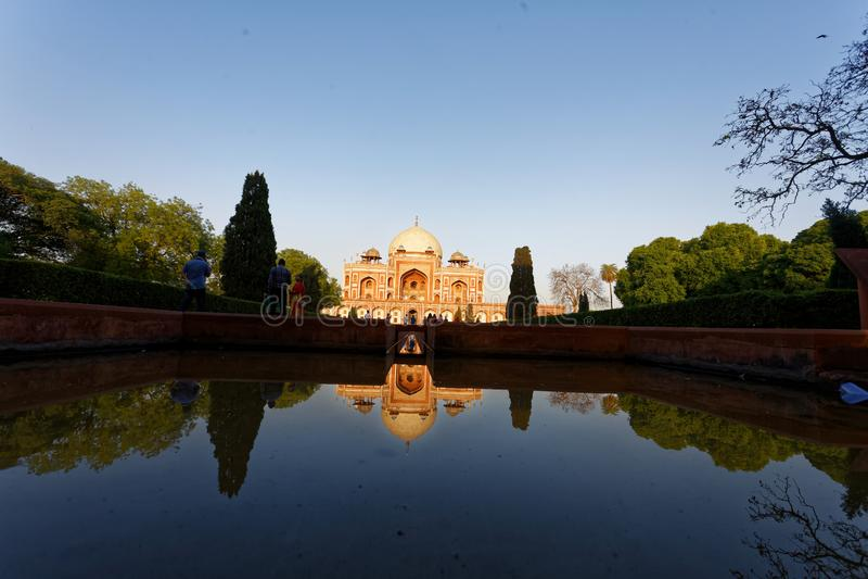 Gravvalv Delhi för Humayun ` s royaltyfria bilder