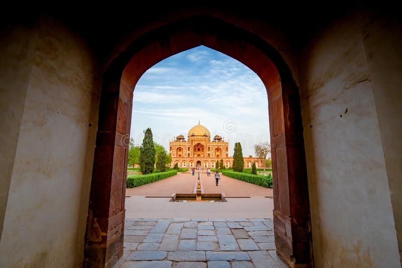 Gravvalv f?r Humayun ` s i Delhi, Indien royaltyfri foto