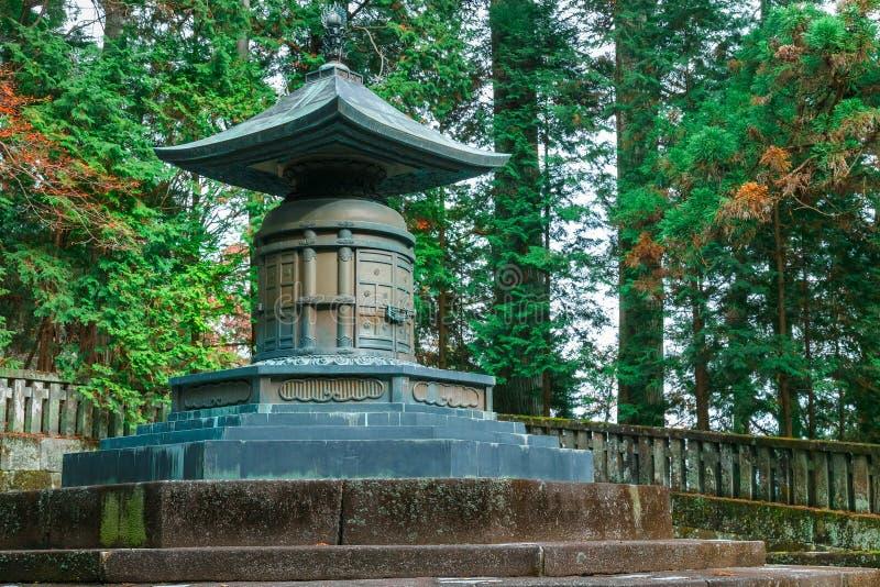 Gravvalvet av Tokugawa Ieyasu i dengu relikskrin i Nikko, Japan arkivfoto