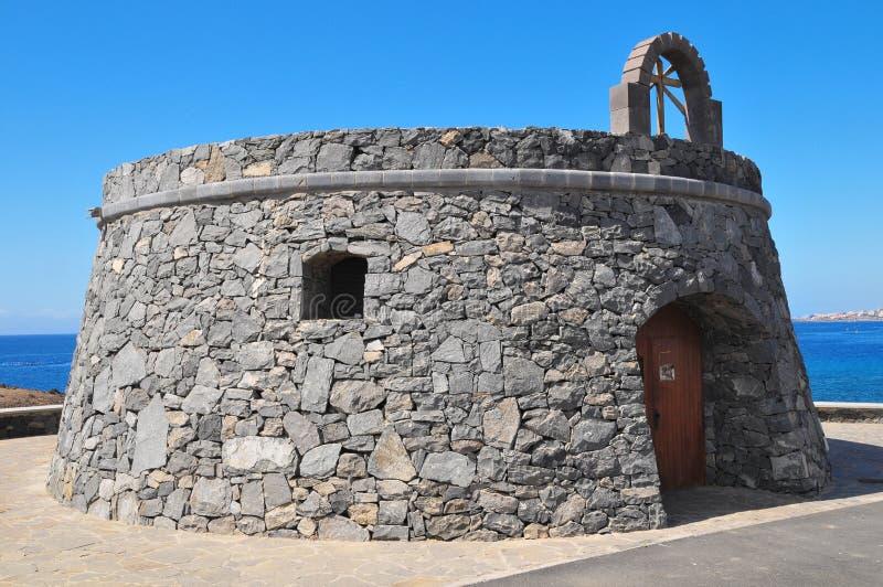 Gray Bunker em um céu azul foto de stock royalty free