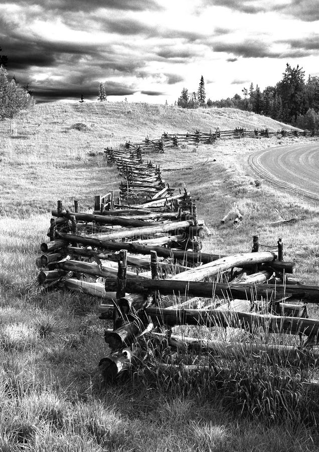 Gray Scale Photography Of Brown Wooden Fence Free Public Domain Cc0 Image