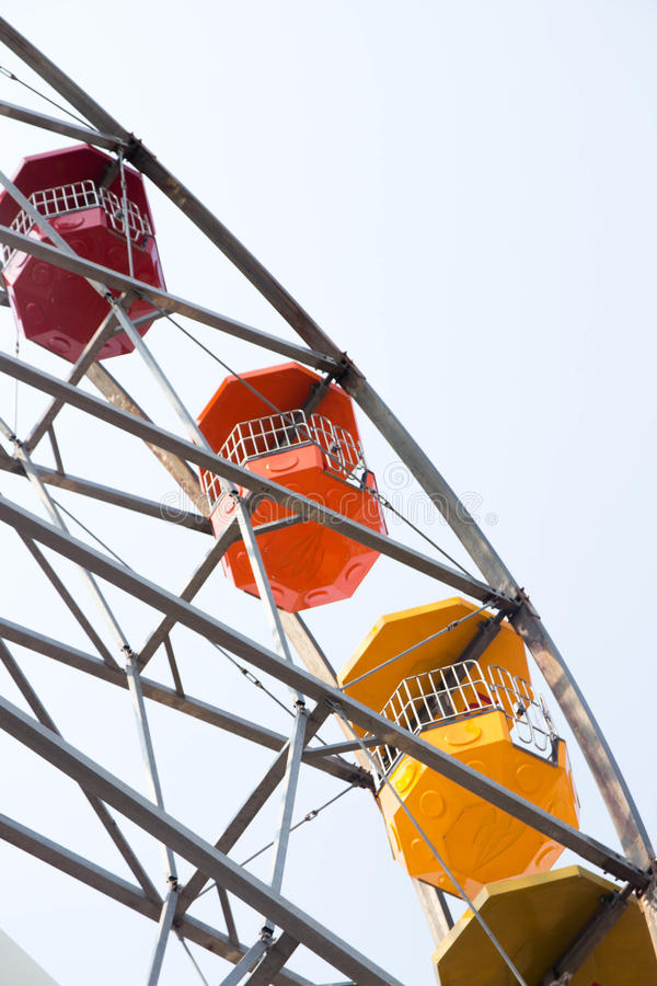Gray Steel Framed Ferris Wheel Free Public Domain Cc0 Image
