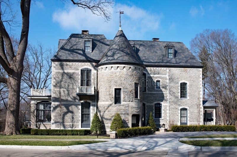 Gray Stone House elegante fotografía de archivo libre de regalías