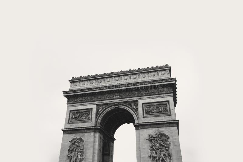 Φωτογραφία Grayscale του συγκεκριμένου πύργου στοκ εικόνα