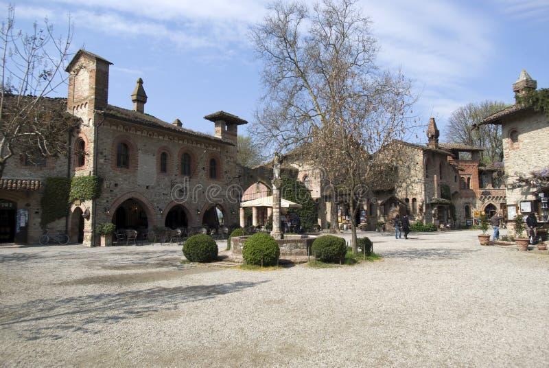 Grazzano Visconti - μεσαιωνικό χωριό στην επαρχία Piacenza, Ιταλία στοκ φωτογραφίες