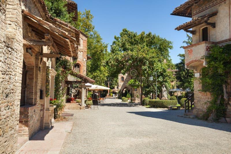 Grazzano Visconti wioska w Włochy zdjęcia royalty free