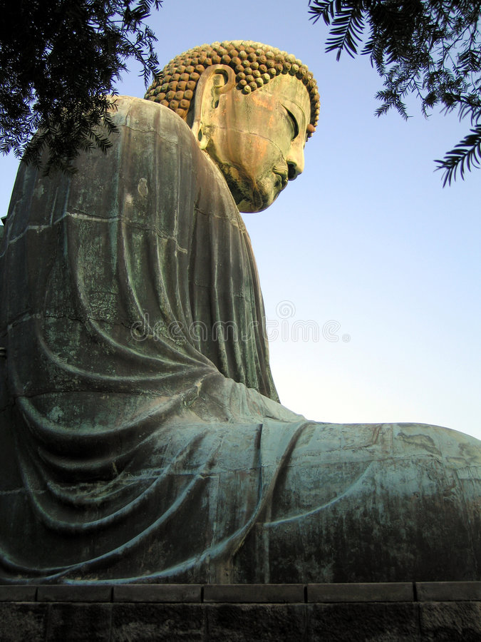 Free Great Buddha Sideview Royalty Free Stock Image - 487016