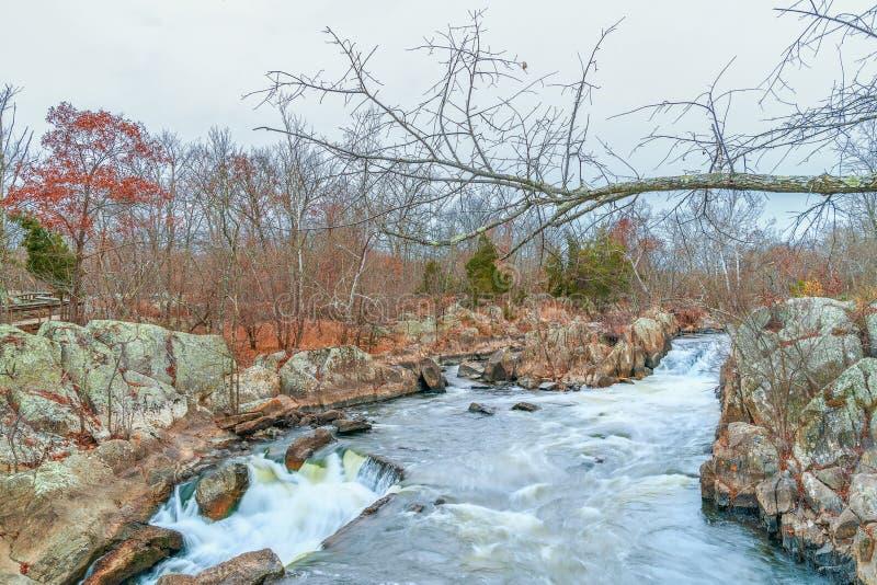 Great Falls des Potomacs im Herbst C&O-Kanal-nationaler historischer Park maryland USA lizenzfreies stockbild