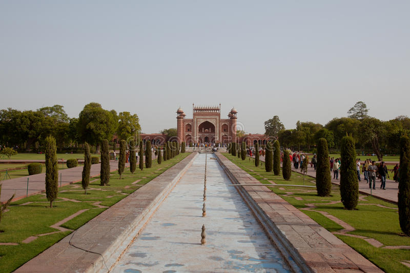 Download The Great Gate Of The Taj Mahal From Entrance Editorial Stock Photo - Image: 25481718