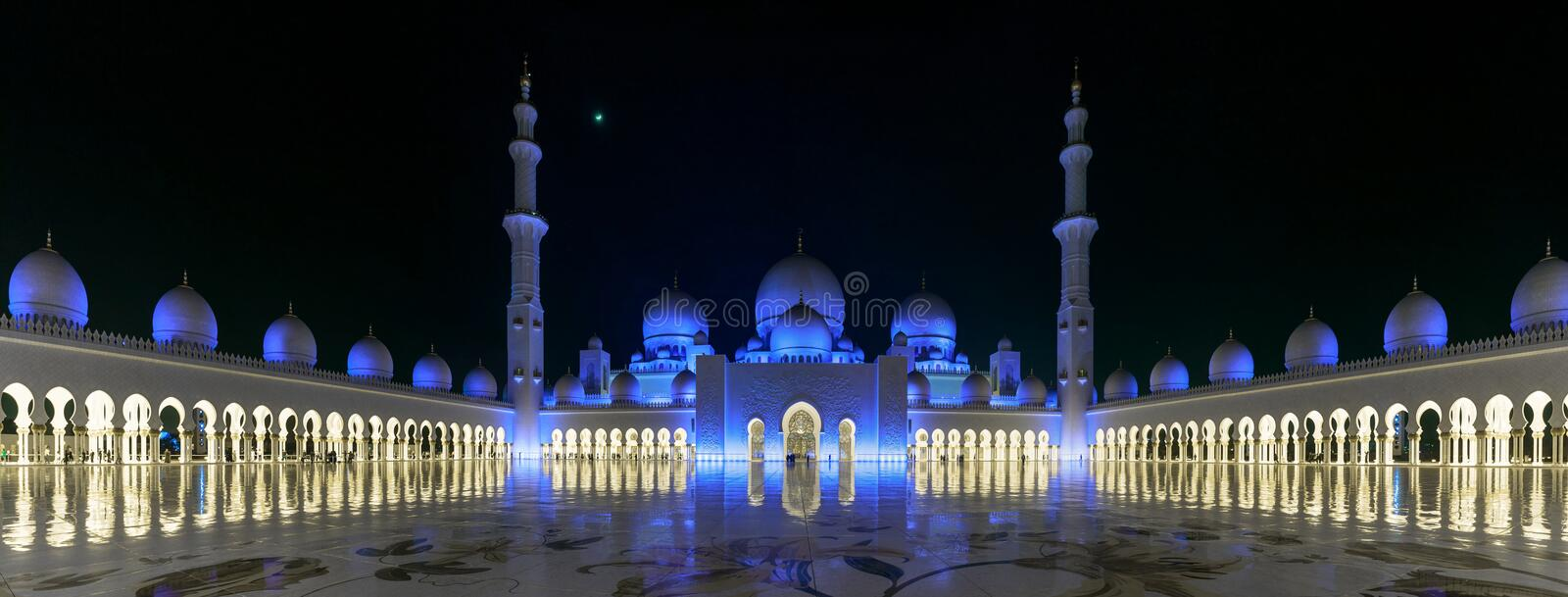 Great panorama of The Sheikh Zayed Grand Mosque in the evening royalty free stock photography