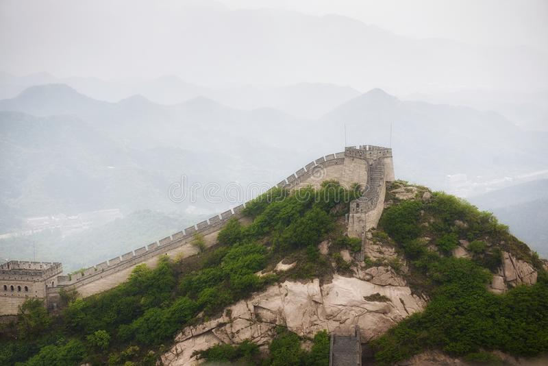 Tourists climb Badaling section of Great Wall in Beijing |Great Wall Badaling Weather