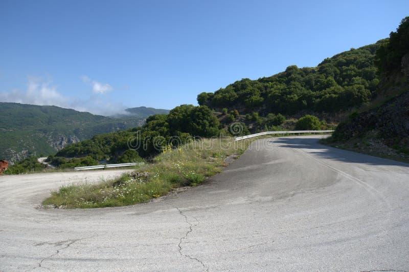 Grecia, Epirus, camino de la montaña fotografía de archivo libre de regalías