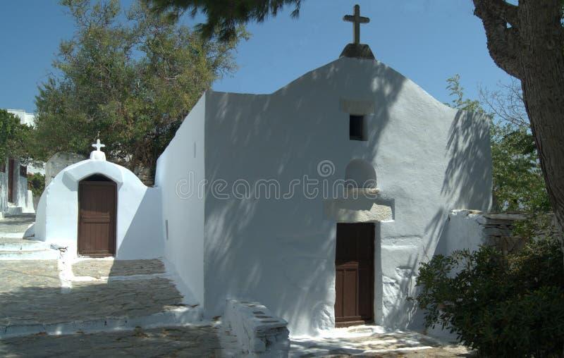 Grecia, la isla de Amorgos Dos capillas foto de archivo