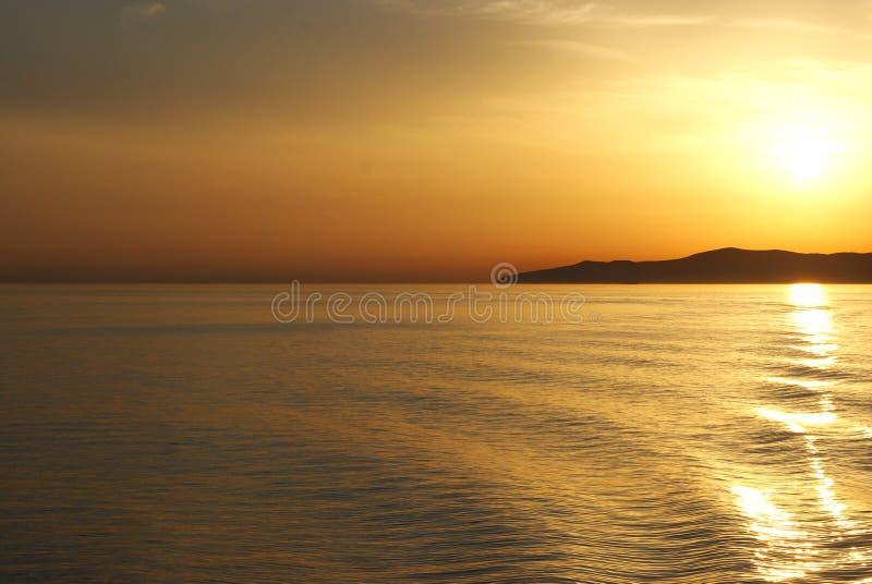 Grecia, puesta del sol del transbordador imagen de archivo