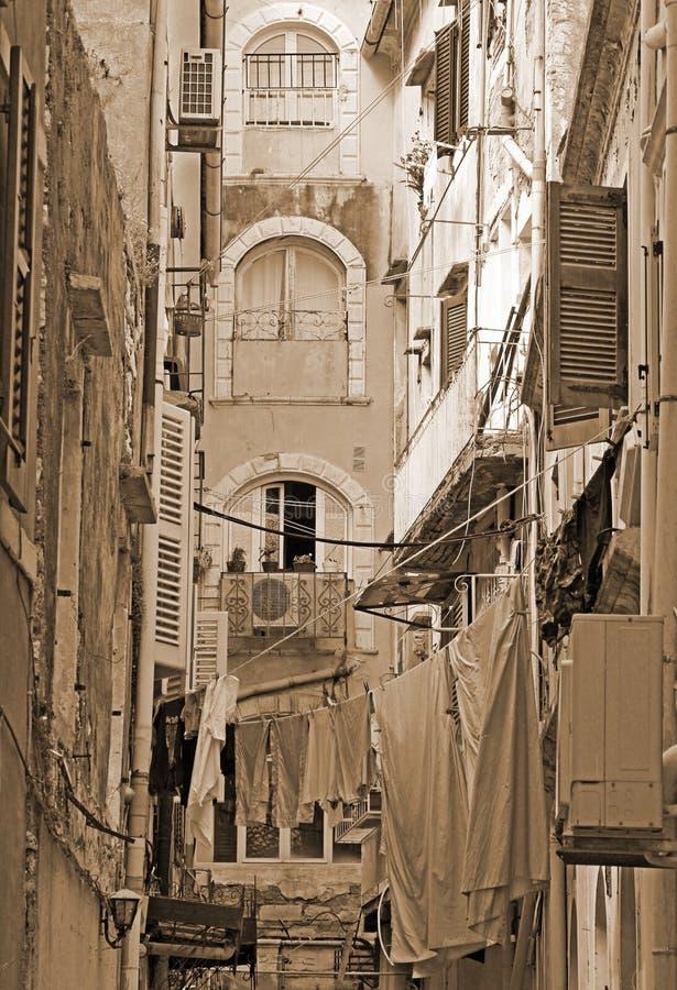 Download Grecja Korfu Wybrzeże Wyspy Paleokastrica Greece Typowy Podwórze W Centrum Corfu Obraz Stock - Obraz złożonej z wakacje, centrum: 53779513