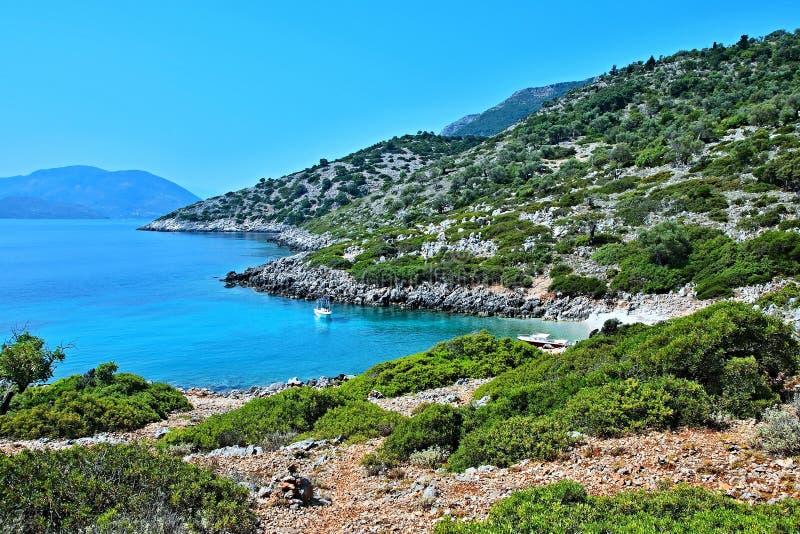 Grecja, wyspa widok seacoast blisko Kioni zdjęcie stock