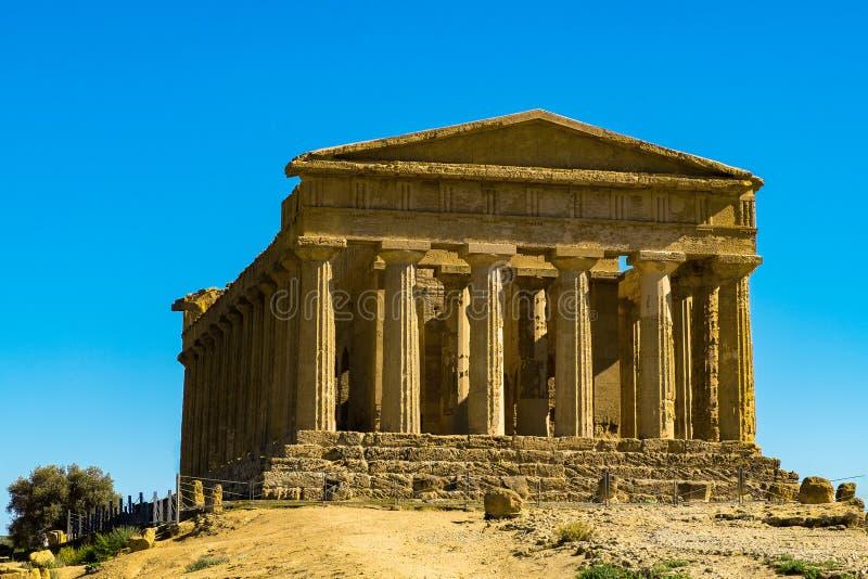 Grecka świątynia Concordia, lokalizować w parku dolina świątynie w Agrigento, Sicily zdjęcia stock