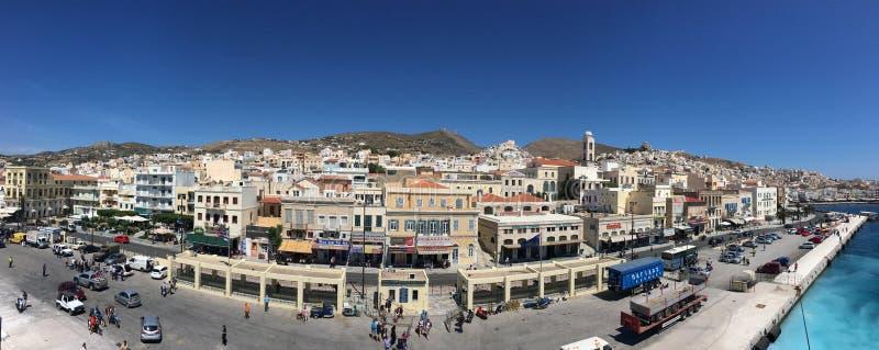greece för arkitektonisk byggnadsdetalj neoclassical syros arkivbild